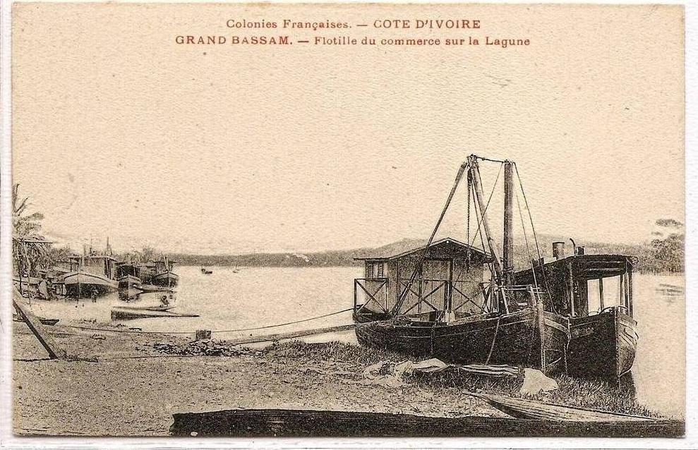 Cartes postales anciennes de la lagune de Grand Bassam.